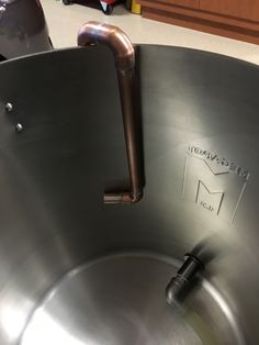 Homemade copper whirlpool pipe..inside kettle. Distillery, Brewery, Home Brewing Equipment, Home Brewing Beer, Homebrewing, Kettle, Copper, Homemade, House