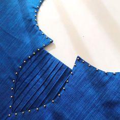 Churidhar Neck Designs, Neck Designs For Suits, Neckline Designs, Sleeves Designs For Dresses, Fancy Blouse Designs, Stylish Dress Designs, Blouse Neck Designs, Salwar Suit Neck Designs, Churidar Designs