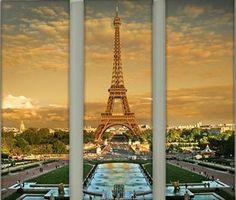 Tryptyk z pięknym widokiem na wieżę Eiffla. Żródło: http://www.odbitki.fotojoker.pl/fotoplakaty-i-fotoobrazy.html
