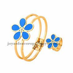 juego pulsera y anillo de flor azul en acero dorado inoxidable -SSBTG404083