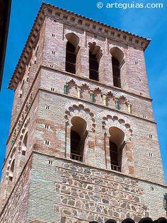 Campanario mudéjar de Santo Tomé. Toledo