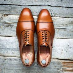 Skolyx.se | Our plain cap toe oxford on last 915 is available...