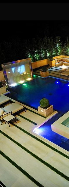 Luxury Poolside - ~LadyLuxuryDesigns The TV seems unnecessary. Amazing Swimming Pools, Cool Pools, Awesome Pools, Pool Bar, Indoor Pools, Indoor Outdoor, Outdoor Lounge, Outdoor Pool, Piscine Coque Polyester