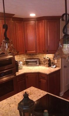 Cherry Cabinets With Cappuccino Stain With Uba Tuba