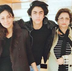 Shahrukh Khan Family, Mothers Day May, Instant News, Bollywood Stars, Celebs, Celebrities, My Crush, Crushes, Handsome