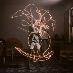 "Pablo Picasso ""paints"" with light, photographed for Life Magazine by Gjon Mili, 1949 [[MORE]] comradebat: Additional photos here From LIFE: "" When LIFE magazine's Gjon Mili, a technical prodigy and..."