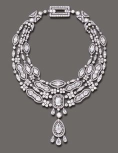 Magnificent Belle Epoque diamond and pearl pendant necklace, by Cartier / ca. 1908 / sold for $ 2.3 million / Christie's