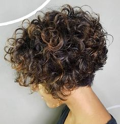 Short Stacked Bob with Voluminous Curls One of the sassiest ways to wear your naturally curly hair is in a short, stacked bob with lots of loops and volume on top and in the back. Each curl is… Bob Haircut Curly, Short Curly Bob, Haircuts For Curly Hair, Curly Hair Cuts, Short Bob Hairstyles, Short Hair Cuts, Latest Hairstyles, Perms For Short Hair, Spiral Perm Short Hair