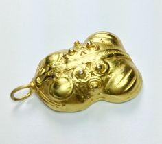 Anhänger vergoldet 24 k  'rana de oro' von LaSombrilla auf DaWanda.com