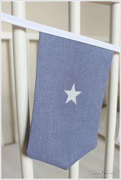 Girlanda lniana z motywem gwiazdki (niebieska) w Lullaby STORy na DaWanda.com