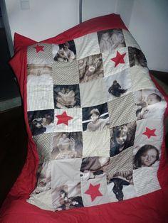 foto quilt mit familienfotos detailaufnahme n hen patchworkdecke geschenke selber basteln. Black Bedroom Furniture Sets. Home Design Ideas