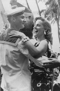 Jane Russell dancing with soldier, 1955