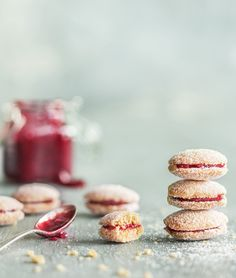 Vegan Treats, Doughnut, Panna Cotta, Cereal, Cheesecake, Deserts, Brunch, Goodies, Food And Drink