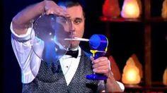 Burl - Etkileyici Baloncuklu Gösteri - Burl'den etkileyici baloncuklu show. (Burl - Bubbles act)