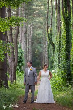 Exploring the Frontier Culture Museum with this awesome couple during their wedding! Love Staunton, VA