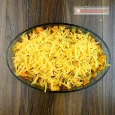 Cartofi gratinați cu piept de pui la cuptor – atât de simplu se fac, dar sunt atât de buni - savuros.info Macaroni And Cheese, Ethnic Recipes, Food, Mac And Cheese, Eten, Meals, Diet
