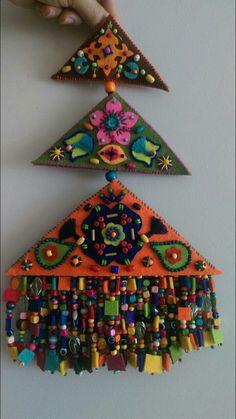 Teeth, Macrame, Safari, Projects To Try, Beads, Wall Art, Holiday Decor, Pattern, Handmade