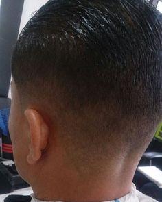 @barbershopvenezuela #wahl #andis #clippers #barber #barberlife #barberia #barbershopconnect #pacinos #bogota #colombia #elegance #gel #venezuela #maracaibo #lagunillas  #ciudadojeda by barbershopvenezuela