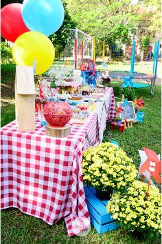 2nd Birthday Party For Girl, Picnic Birthday, Birthday Streamers, Daniel Tiger Birthday, Picnic Decorations, Backyard Picnic, Barbie Party, 4th Of July Celebration, Bbq Party