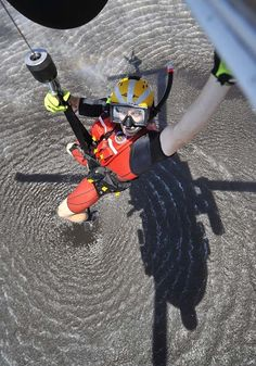 Becoming A Rescue Swimmer Is Near Impossibe