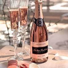 Nicolas Feuillatte Brut Rose Champagne, non-vintage (Champange, France) Color Splash, Nicolas Feuillatte, Rose Champagne, Champagne Flutes, Champagne Color, Champaign Pink, Champagne France, Wedding Champagne, Vintage Champagne