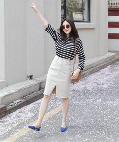 Thử kết hợp chân váy cùng áo phông: tưởng không hợp mà hợp không tưởng - Ảnh 5.