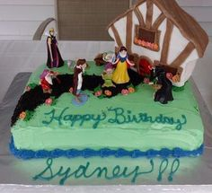 Save The Date Cakes, LLC: Snow White Birthday Cake for my niece, Sydney, made by my sister-in-law and I...