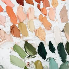 🙋‍♀️Who else is feeling this colour palette right now? Only thing missing for me is a little bit of grey and I'm there 😍 Colour Schemes, Color Patterns, Color Palettes, Sage Color Palette, Color Combinations, Peach Palette, Color Stories, Art Plastique, Color Theory
