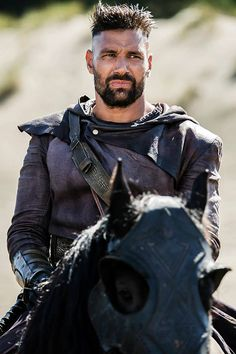 Manu Bennett as (Allanon) #TheShannaraChronicles