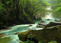 Rios celeste  (COSTA RICA)