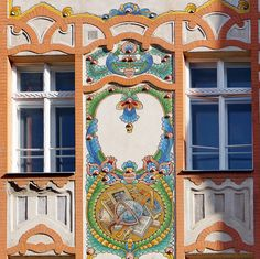 Budapest Art Nouveau | Elementary school, built in 1906. Budapest | Architect: Hegedűs Ármin | Mosaic: Vajda Zsigmond & Róth Miksa | Dob street | via elinor04 on flickr