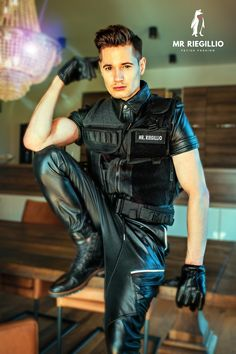 Tracksuit Jacket, Hoodie Jacket, Leather Jeans Men, Latex Men, Sexy Gay Men, Teenage Guys, Hip Stretches, Utility Vest, Sexy Teens