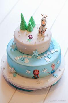 Frozen- cake- Olaf