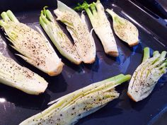 Fried fennel with black pepper and olive oil