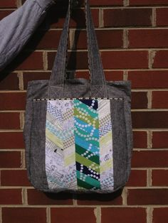Noodlehead super tote with added laptop pocket inside.