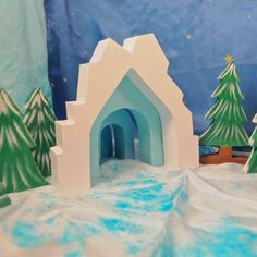 Ice Castle - wooden toy