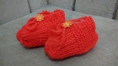 Sapatinho de lã em tricô adulto www.facebook.com/cereshandmade
