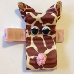 Cute Hair Clip Ideas for Girls - Do you think this Giraffe is Sad or Shy? Please let us know what you think by voting on the Hair Clip Ideas page...