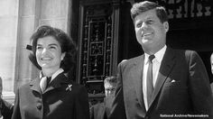 1961. 14 Avril. President John F. Kennedy and his wife Jacqueline (recadrage)