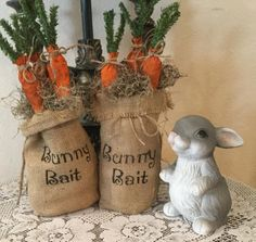 Bunny Bait Burlap Bag with Distressed Carrots. Ready to Shi Hoppy Easter, Easter Bunny, Spring Crafts, Holiday Crafts, Burlap Crafts, Diy Crafts, Burlap Projects, Ideas Actuales, Decor Ideas