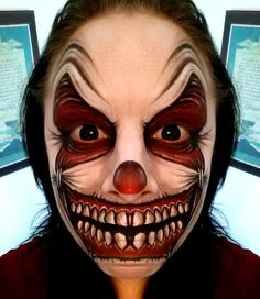 56 Scary Horrifying Halloween Makeup Ideas Are you looking for scary horrifying Halloween makeup ideas for women to look the best at the Halloween party? See our photo collage to pick the one that fits the Halloween costume. Easy Halloween Face Painting, Scary Face Paint, Clown Face Paint, Amazing Halloween Makeup, Halloween Looks, Halloween Face Makeup, Jester Halloween, Clown Faces, Scary Faces