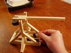 Wooden Desktop Trebuchet: 9 Steps (with Pictures)