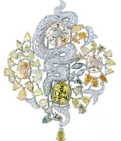 Cartier Secrets et Merveilles beauty bling jewelry fashion