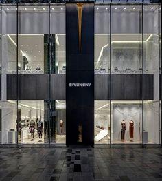 Givenchy invade a Ásia