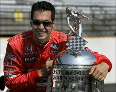 poses with the Borg-Warner Trophy, awarded to him for winning the 2006 Indianapolis He is from Defiance/Napoleon OH Indy Car Racing, Indy Cars, Sam Hornish Jr, Indy 500 Winner, Race Car Track, Classic Race Cars, Car And Driver, Napoleon, Cool Cars