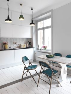 #interior #styling #dining #decor #kitchen #industrial #scandinavian #chairs #lamps #tiles