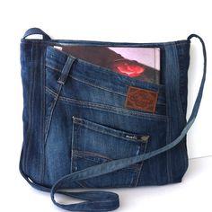 Jean cross sac bandoulière besace en jean recyclé par Sisoi sur Etsy                                                                                                                                                                                 Plus