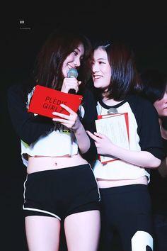 PLEDIS GIRLZ ♡ Kang YeBin 강예빈 & Kim MinKyung 김민경 (MinBin Couple 민빈커플)