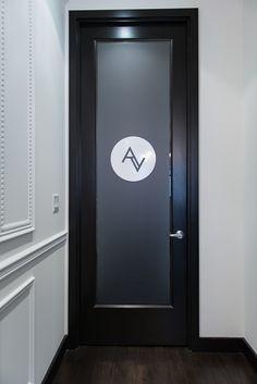 Monochromatic moldings and walls,  great door.