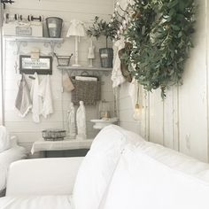 Dere, Shabby, Wardrobe Rack, Gallery Wall, Photo And Video, Furniture, Instagram, Home Decor, Living Room